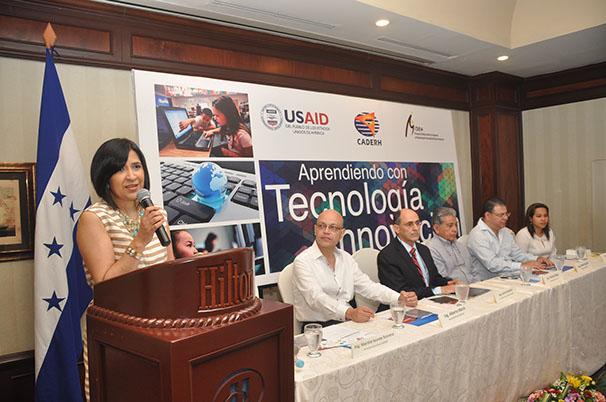 Proyecto Aprendiendo con Tecnología e Innovación Marzo 2014- Marzo 2015